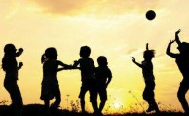 Treba li detinjstvo biti savršeno, da bi bilo čarobno?